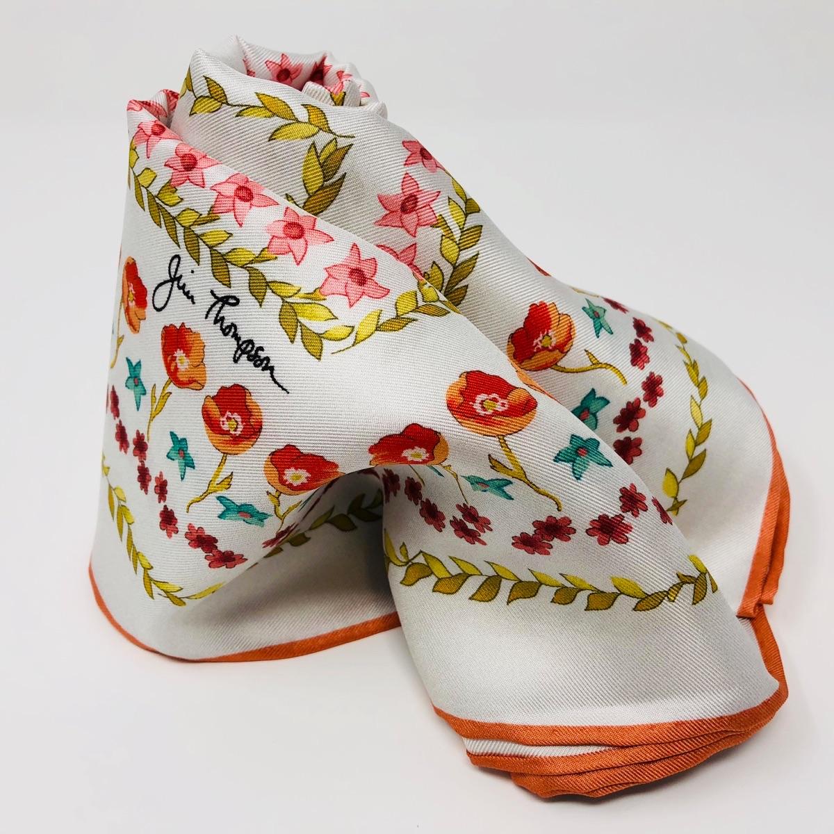 シルクスカーフ 花柄(ホワイト) - ジムトンプソン【タイシルク100%】